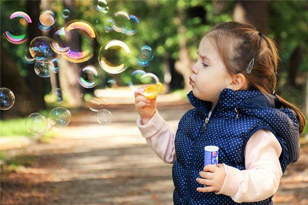 El significado de soñar con una niña